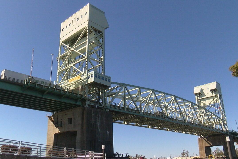 Cape Fear Memorial Bridge (Photo: Lakeeda Johnson / WWAY)